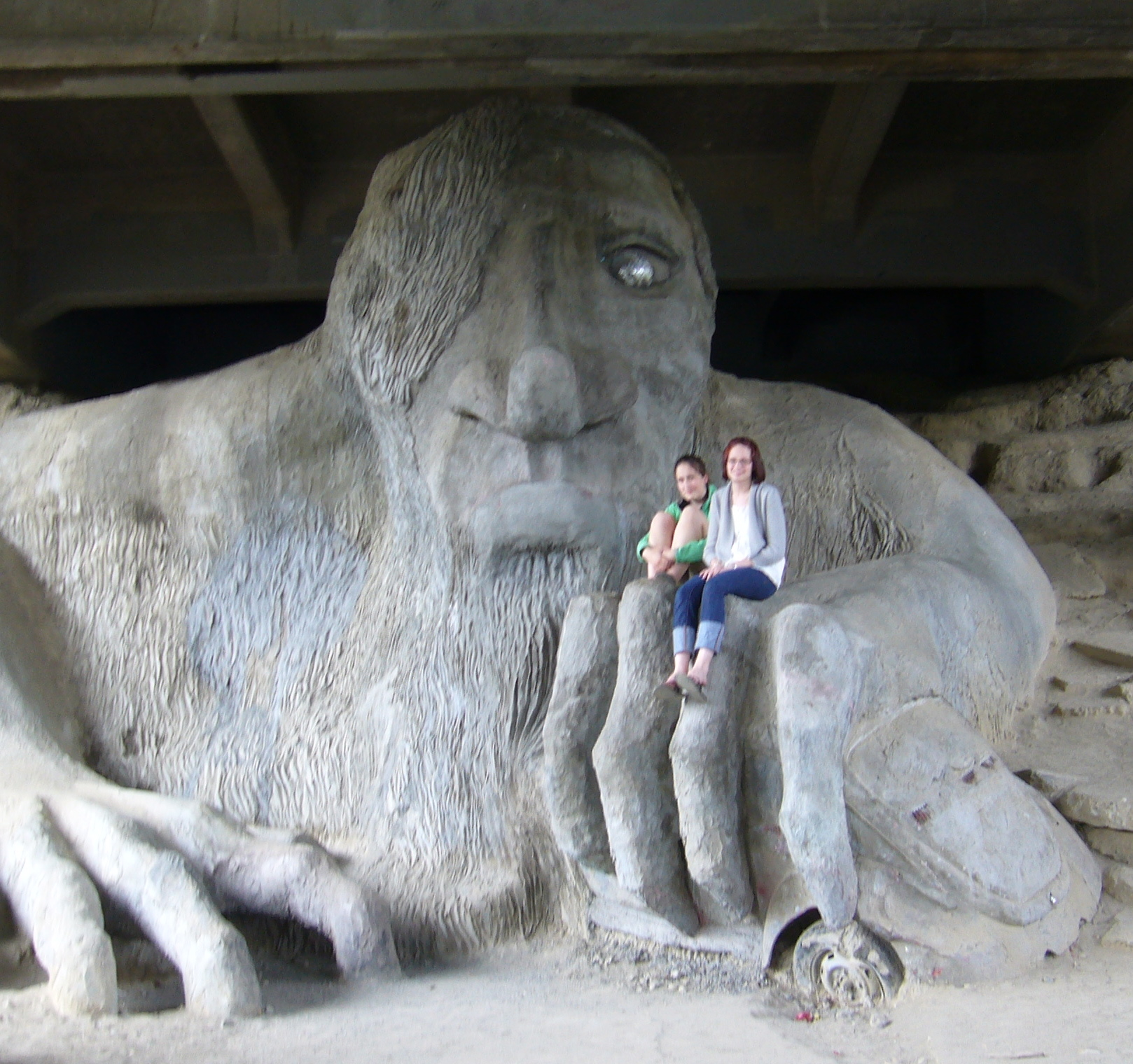 fremont troll worship ghost theory